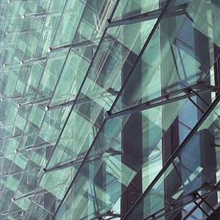 glass solar shading / for facades / horizontal