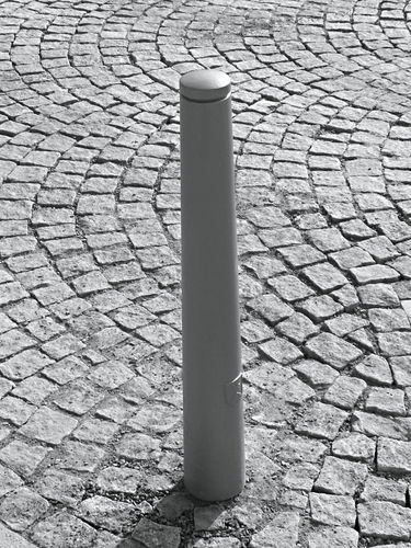 security bollard / cast aluminum / removable / high