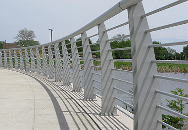 Stainless Steel Railing / Aluminum / With Bars / Outdoor