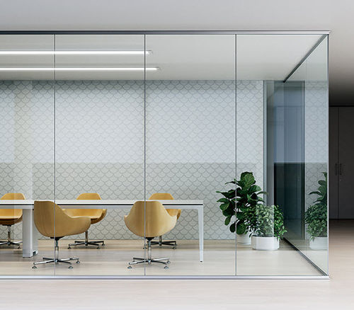 fixed partition / glazed / professional