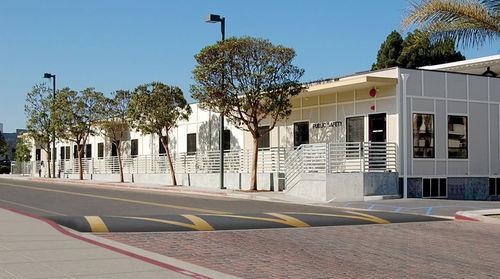 Prefab building / modular / steel / steel framing LOYOLA MARYMOUNT UNIVERSITY Williams Scotsman