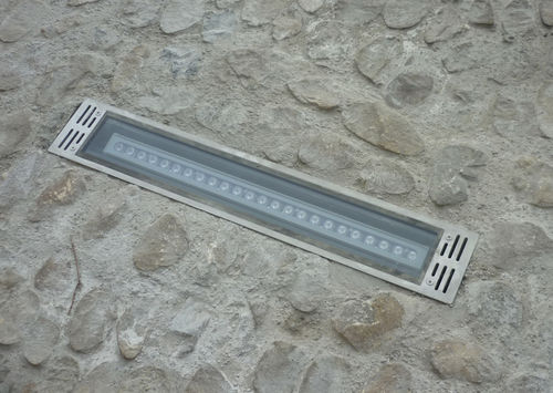 LED floodlight / for public spaces / outdoor / recessed