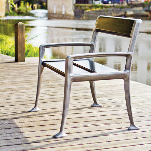 contemporary garden chair / with armrests / wooden / for public spaces