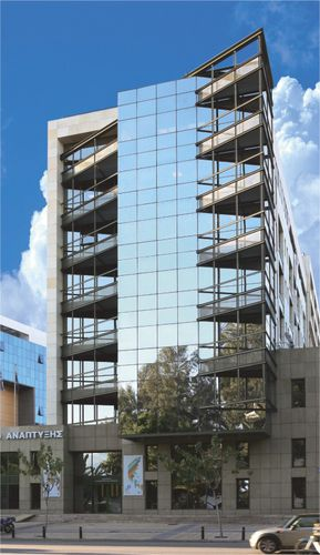aluminum and glass curtain wall