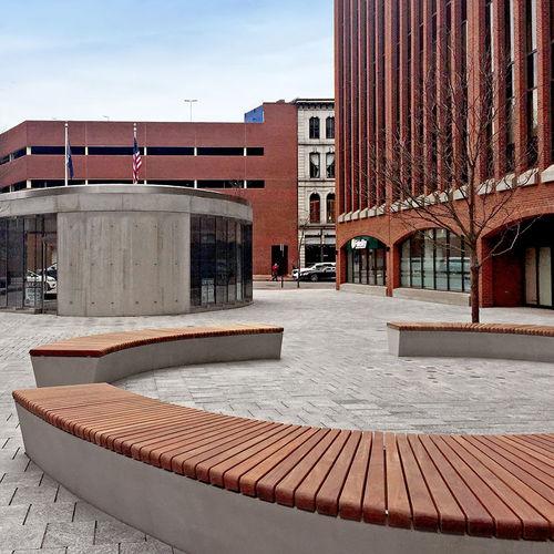 public bench / contemporary / wooden / concrete