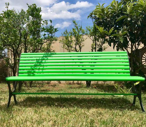 public bench / garden / contemporary / steel