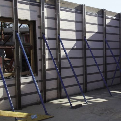 security concrete / high-resistance / self-consolidating / for retaining walls