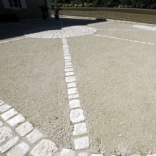 concrete flooring / road / residential / for public spaces