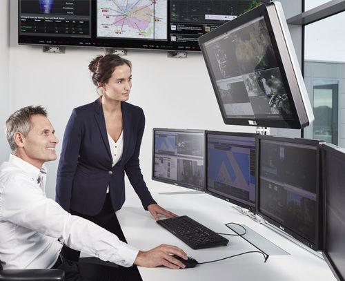 video surveillance monitor / widescreen / full-color