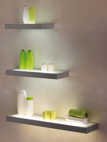 wall-mounted shelf / contemporary / aluminum / commercial