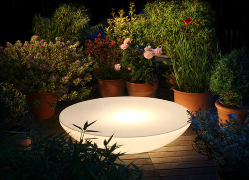 contemporary coffee table / plastic / round / garden