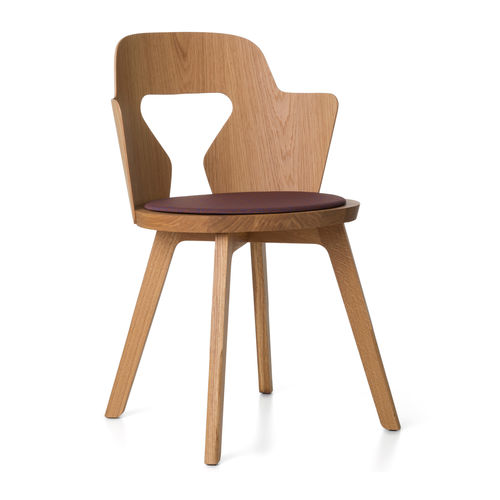 Contemporary chair / oak / by Alfredo Häberli STAMMPLATZ Quodes
