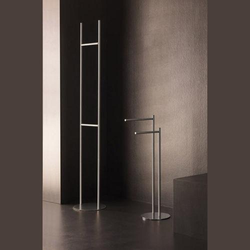 1-bar towel rack / floor-standing / metal