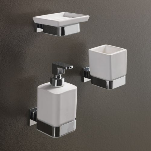 wall-mounted soap dish / metal