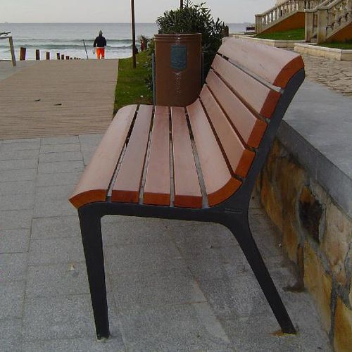 public bench / contemporary / wooden / cast iron