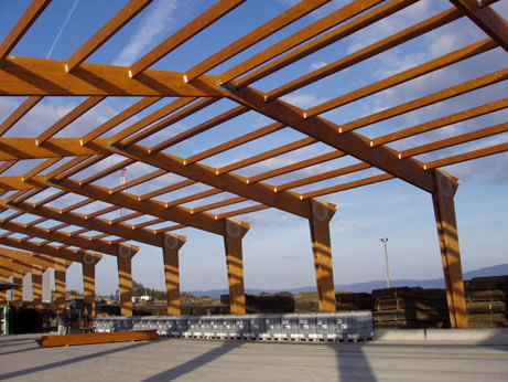 solid wooden truss