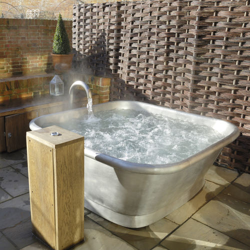 freestanding bathtub / square / copper / tin