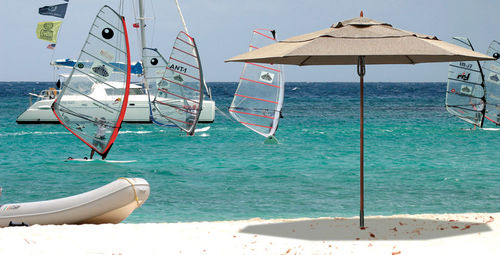 Commercial patio umbrella / fabric / metal VINEYARD : FIBER-FLEX CLASSIC TUUCI