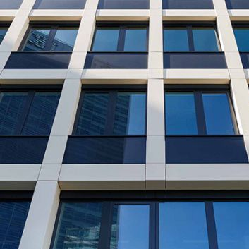 stone ventilated facade / self-cleaning
