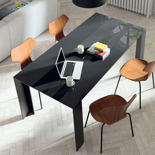 Contemporary dining table / wooden / ceramic / lacquered glass T09  VIVE - MUEBLES VERGE S.L.