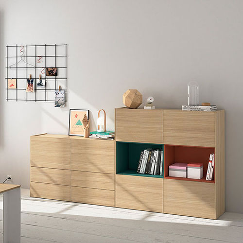 Contemporary sideboard / oak FRENTES : D07 VIVE - MUEBLES VERGE S.L.