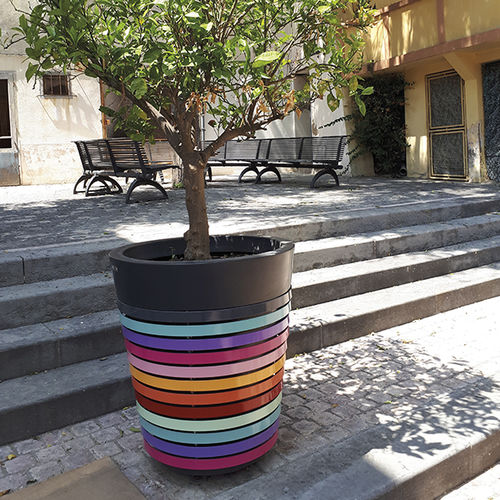 thermo-lacquered steel planter / polyethylene / recycled plastic / conical