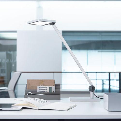 desk lamp / contemporary / aluminum / swing-arm