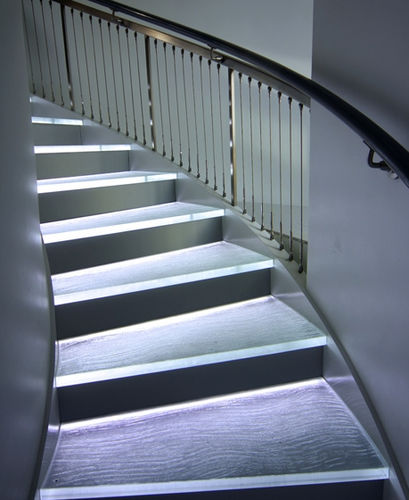 Glass step / integrated LED 60 steps ThinkGlass