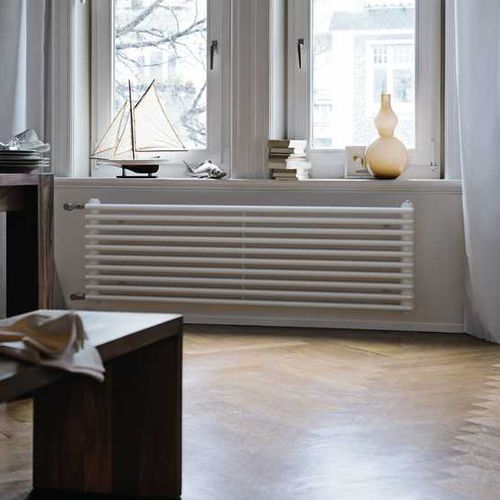 hot water radiator / metal / traditional / tube