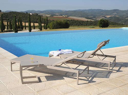 contemporary sun lounger / aluminum / for sports facilities / for wellness center