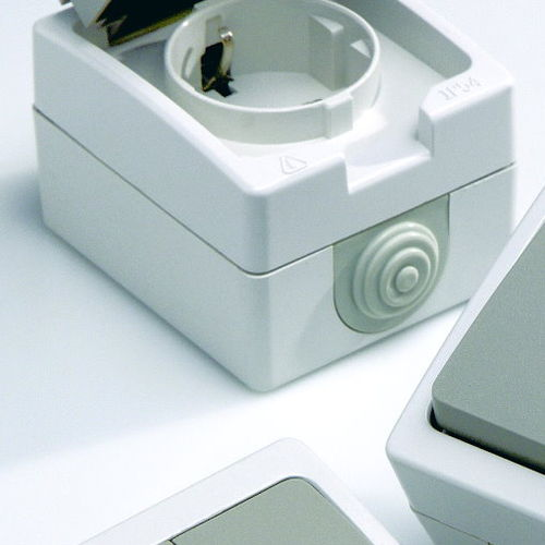 power socket / surface-mounted / contemporary / Schuko