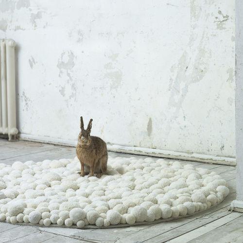 original design rug / plain / Merino wool / round
