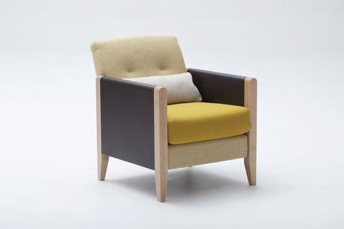contemporary armchair / beech