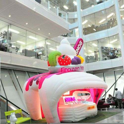 Special event inflatable structure SNOG Studio Souffle