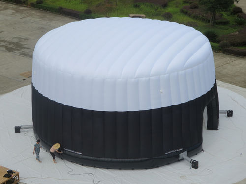 Special event inflatable structure THE ENGLISH MUFFIN DOME Studio Souffle