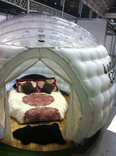 Inflatable installation / for camping LUNALUXE CAMPER Studio Souffle