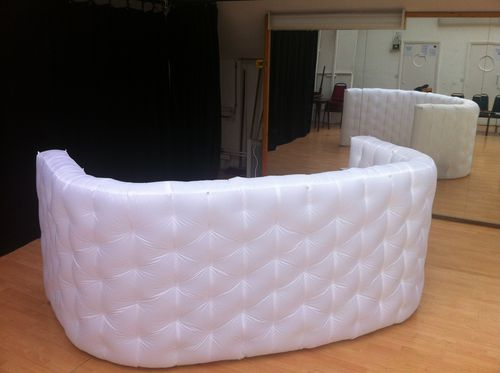 Vinyl reception desk INFLATABLE BAR SYSTEM Studio Souffle