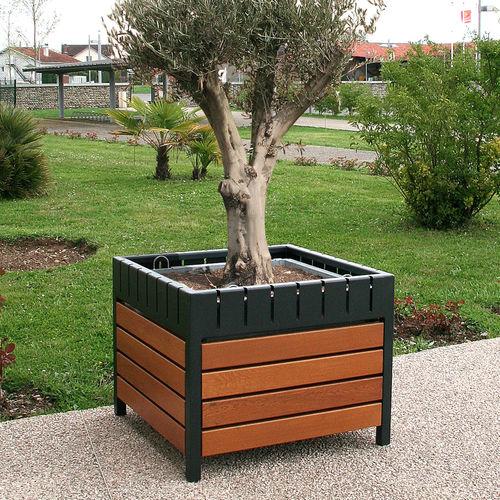 steel planter / oak / square / contemporary