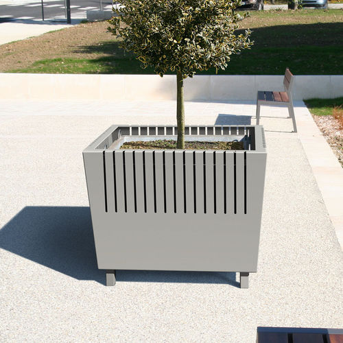 Steel planter / square / contemporary / for public spaces GENERIC ACCENTURBA
