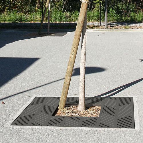 Steel tree grate / square FRANCIS ACCENTURBA