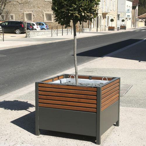 Steel planter / oak / square / contemporary ZÉLÉA ACCENTURBA