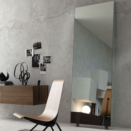 floor-standing mirror / contemporary / rectangular / metal