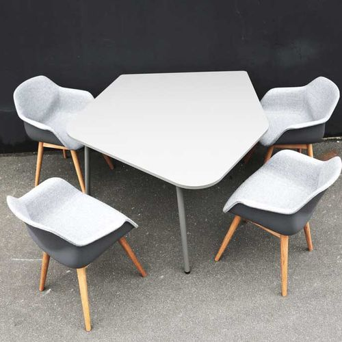 Contemporary conference table / oak / MDF / laminated MDF FOUR®REAL FLAKE by Four®Design Four Design