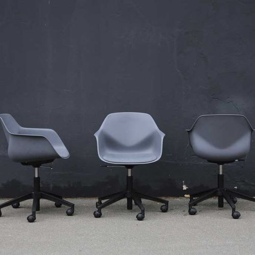 contemporary visitor armchair / fabric / aluminum / polypropylene