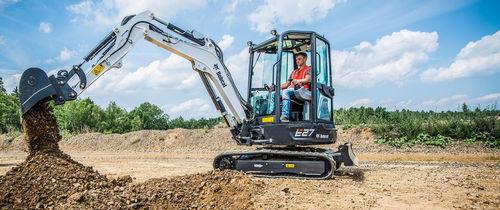 mini excavator / crawler / compact / low fuel consumption