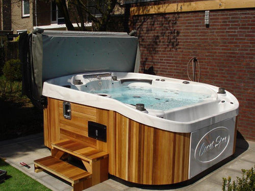 Portable hot tub / rectangular / 7-seater CASCADE II  COAST SPAS