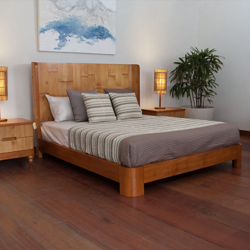 double bed / contemporary / with headboard / wooden
