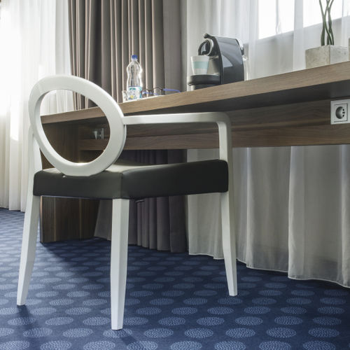 tufted carpet / polyamide / tertiary / for hotel rooms