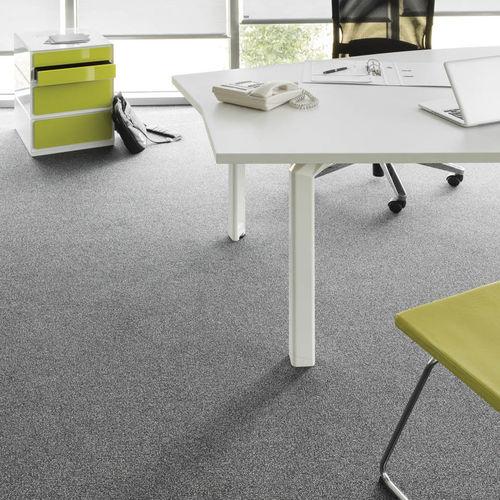 tufted carpet / loop pile / polyamide / tertiary