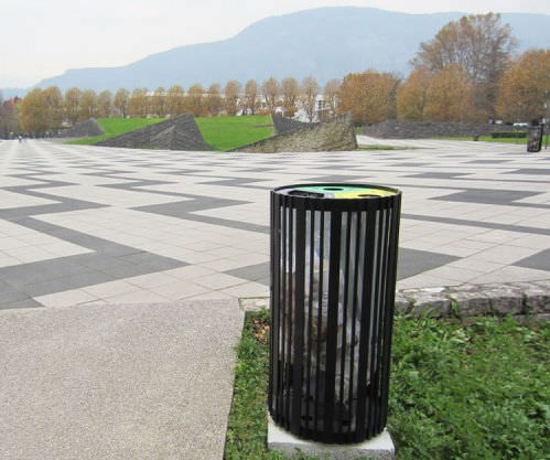 Public trash can / metal / with built-in ashtray / contemporary BASIK. GUYON
